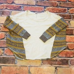 Free People size S sweater. (R18)